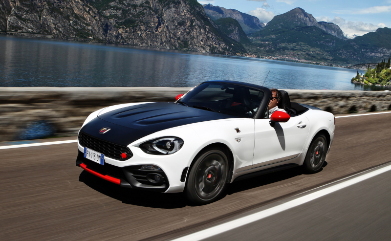 124 SPIDER 170PS AT