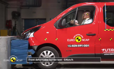 Renault Trafic/Opel Vivaro crash test 1025