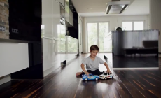Mercedes-Benz TV: The uncrashable Toycars.