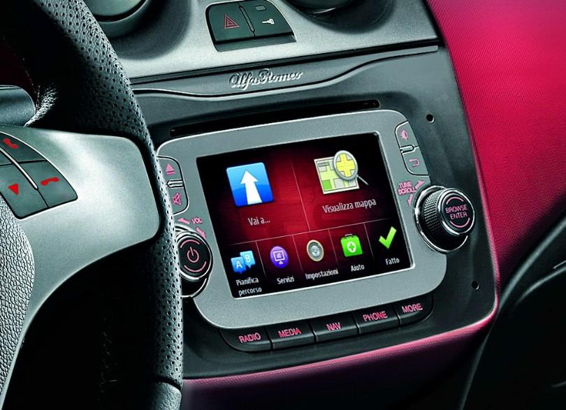 Alfa-Romeo-MiTo-2013