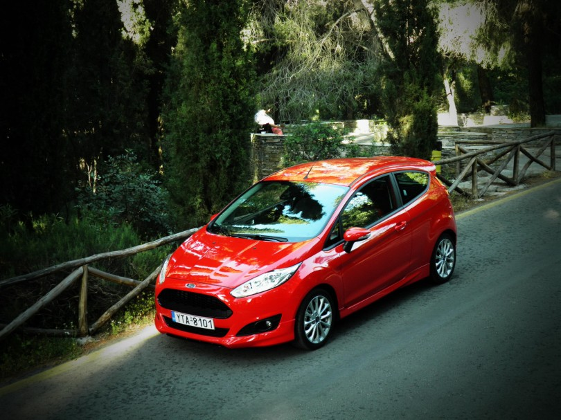 Supermini-1.000cc-FORD-FIESTA-125PS