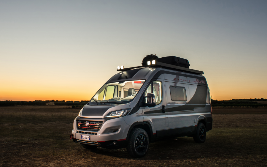 """""""BEST MOTORHOME BASE OF THE YEAR"""": 12 ΧΡΟΝΙΑ… DUCATO"""