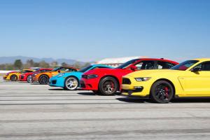 Η μεγαλύτερη κόντρα με 12 supercars (video)