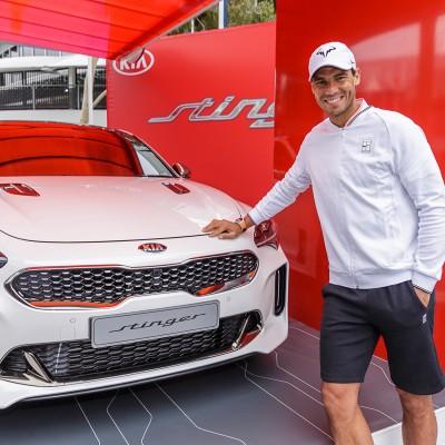 Ο Rafael Nadal και το καυτό sedan της Kia