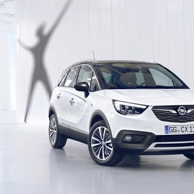 Opel Crossland X: Νεανικό, άνετο και ικανό (vid)