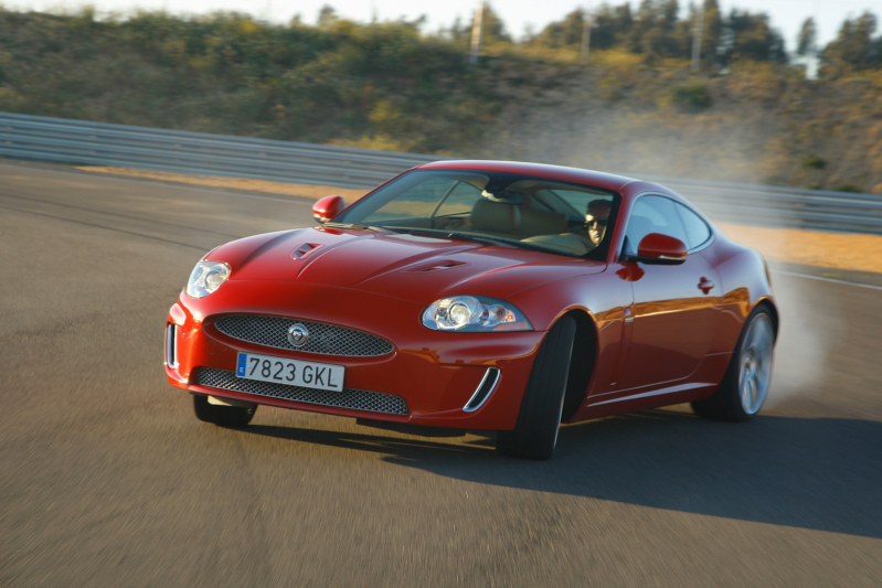 XK COUPE 5.0R V8 Coupe