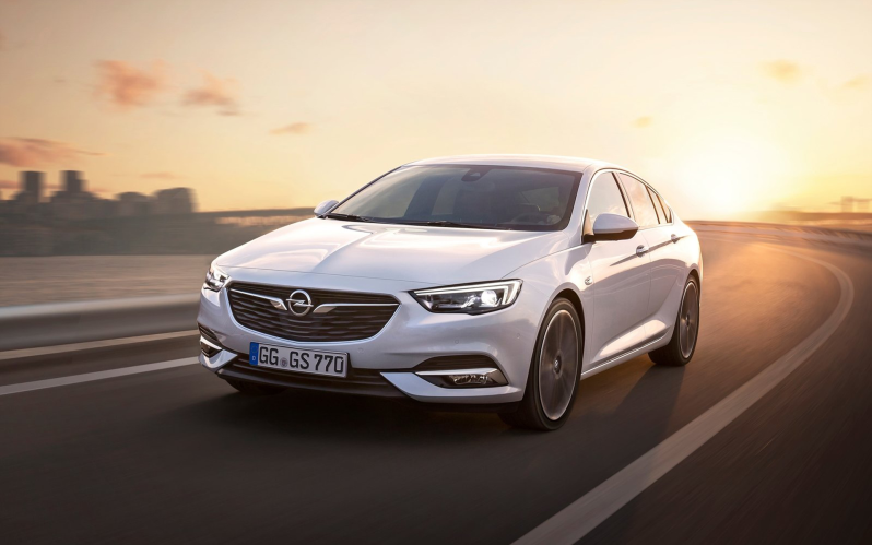 INSIGNIA GRAND SPORT 1.6 CDTI 136 PS auto 120 Edition