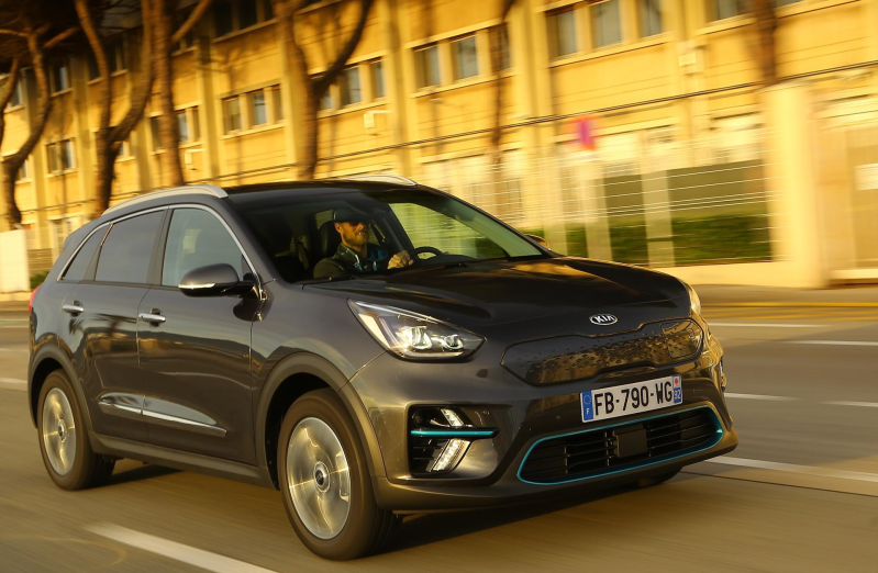 E-NIRO 204ps Platinum (Long Range)