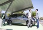 Ηλιακός Σταθμός Φόρτισης οχημάτων στην Αθήνα