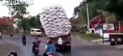Εκτελούνται μεταφορές & τούμπες (VIDEO)