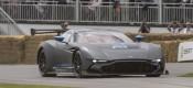 To εκρηκτικό Aston Martin στο Goodwood (VIDEO)