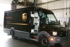 UPS: Ετοιμάζει πλαστικά φορτηγά
