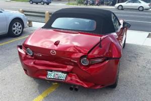 Του τρακάρουν το νέο Mazda MX-5. Τι έκανε η εταιρεία;