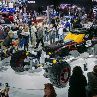 Το Batmobile από 344.000 τουβλάκια LEGO! (vid)