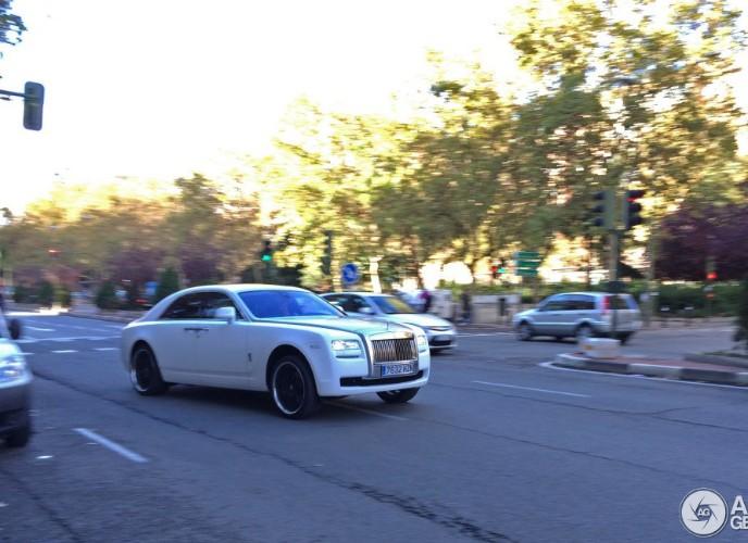 Video: Rolls-Royce Ghost για τον Ronaldo