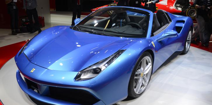 Επίσημα η Ferrari 488 Spider με 670 ίππους