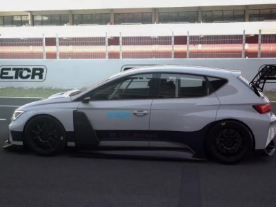 Το εσωτερικό του αγωνιστικού Cupra e-Racer