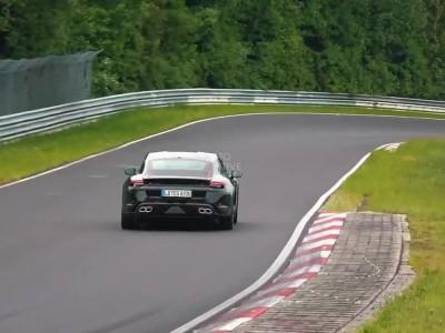Η Porsche Taycan στο Nurburgring