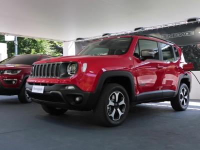 Το νέο υβριδικό Jeep Renegade στην έκθεση του Τορίνο