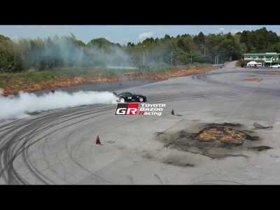 King of Drifting: Ισχυρές δονήσεις από μια Toyota Supra των 690 ίππων