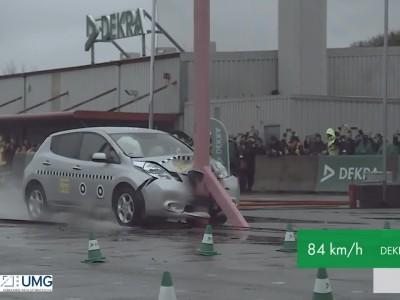 Δοκιμή μετωπικής πρόσκρουσης Nissan Leaf από τον οργανισμό DEKRA