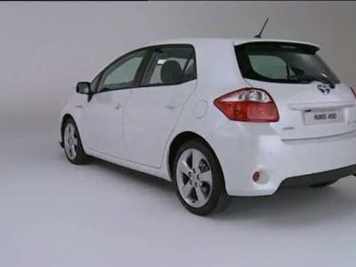 Toyota Auris HSD exterior