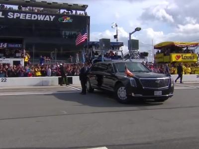 Ο Πρόεδρος Trump στην Daytona 500 - αυτοκινητοπομπή