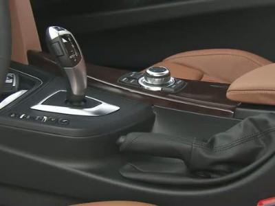 BMW 328i Luxury Line interior